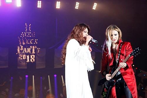 HYDE主宰のハロウィン・パーティ3日目、HYDE&YOSHIKIは「デビュー当時」の仮装でコラボ