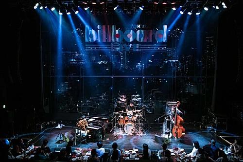 H ZETTRIO、デビュー作&最新作のアルバム完全再現ライブ2daysのライブレポ到着
