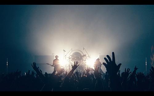 WANIMA、有観客ライブの10分ダイジェスト映像を公開