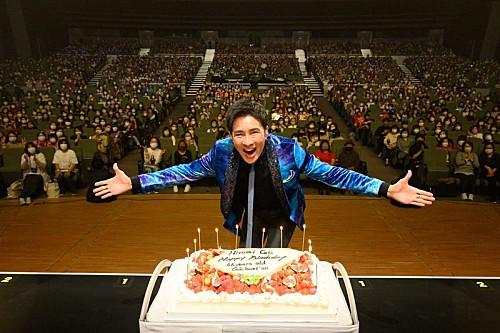郷ひろみ、66歳バースデーライブでファンに感謝 ツアー映像作品のリリースも決定